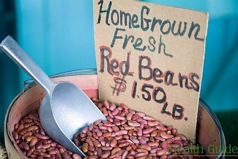Red beans provide more benefits than black ones