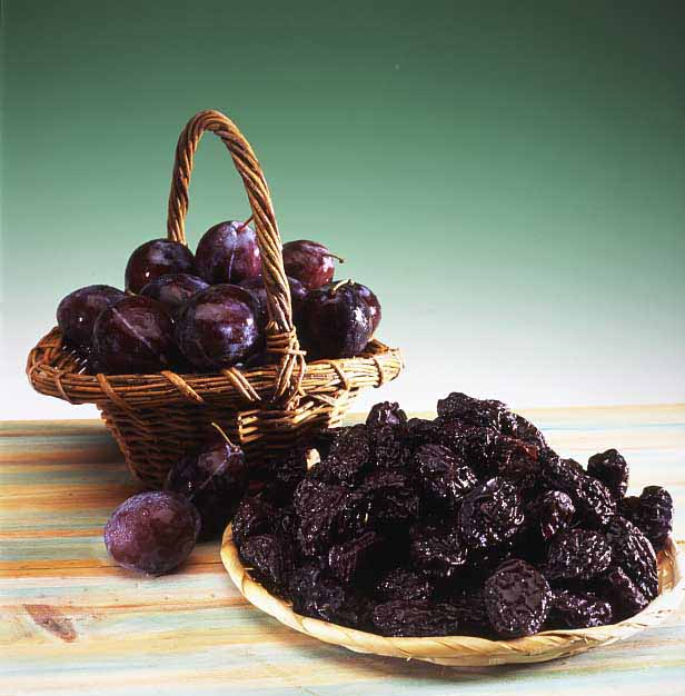 The benefits of dried plums