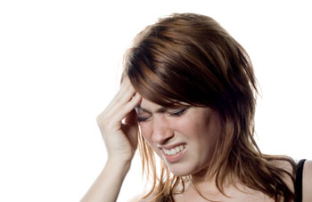Treating and preventing migraine