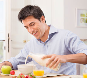 5 reasons to eat breakfast every day