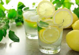 4 miraculous properties of water with lemon